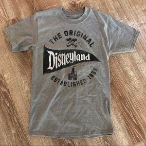 Authentic Disneyland T-shirt Small